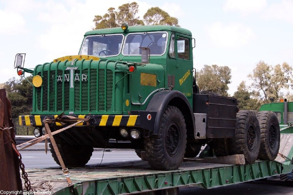 7923 on Tractor Truck