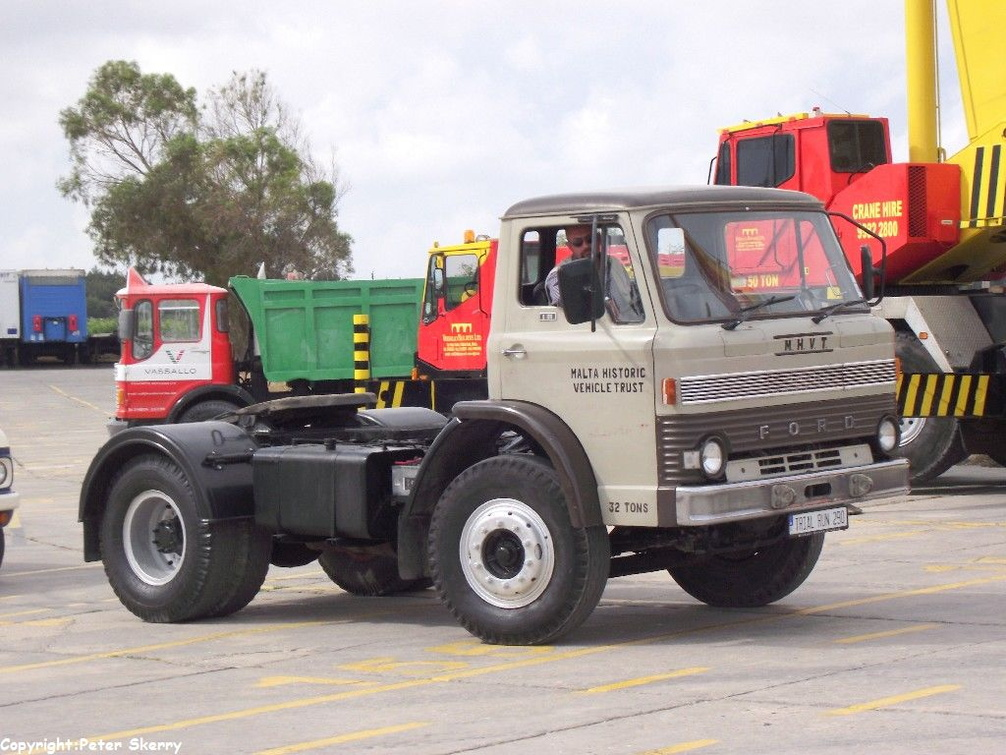 1968 Ford D Series Tractor Images Of Maltese Buses And