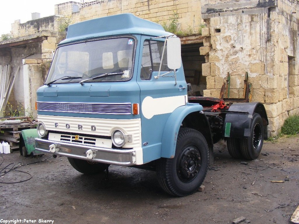 Ahq013 1971 Ford D Series Tractor Unit Images Of Maltese