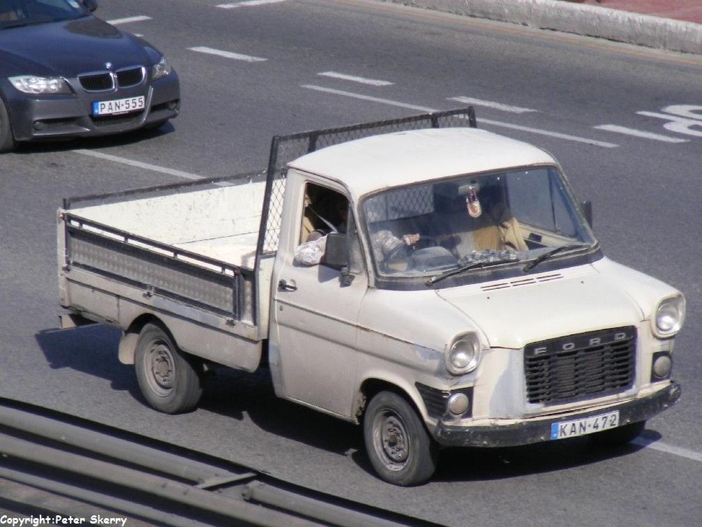 Kan472 1976 Ford Transit Mk 1 Van Images Of Maltese
