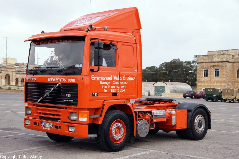 Ehq059 1991 Volvo F12 Tractor Unit Images Of Maltese