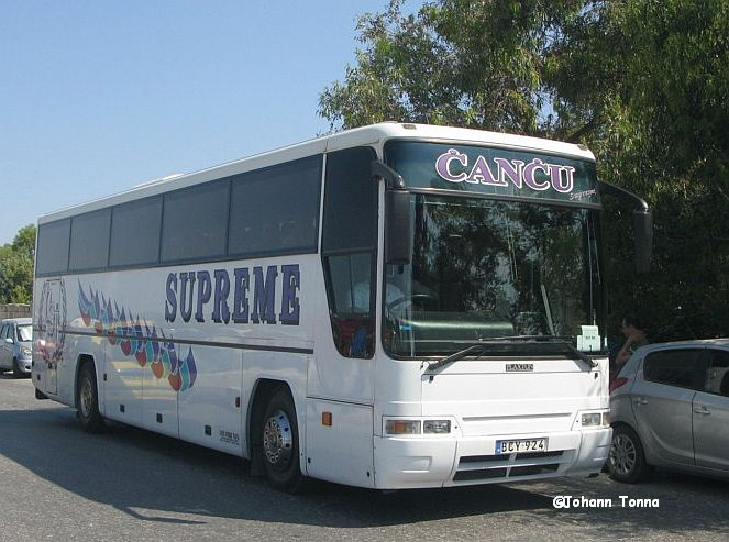 BCY 924 Supreme Travel Passing By | Images Of Maltese Buses And